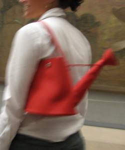 ジョーロ型バッグ